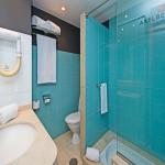 AxelBeachMaspalomas-GranCanariaGayStay-bathroom