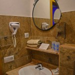 PasoChicoBungalows-GranCanariaGayStay-bathroom2